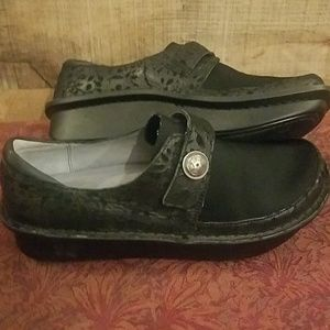 Alegria by PG Lite Black Leather Shoes
